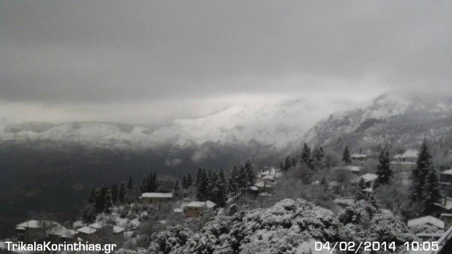 Καλημέρα από τα Χιονισμένα Τρίκαλα Κορινθίας